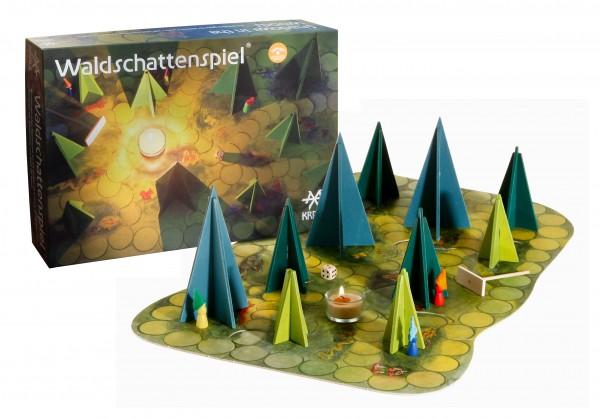 Märchenhafts Waldschattenspiel